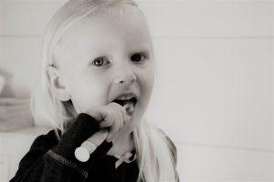 מה חשוב לבדוק לפני שמגיעים אל רופא שיניים לילדים