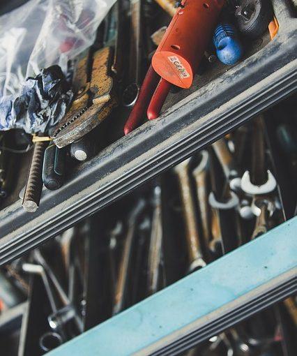 טיפים לסידור כלים נוח ונכון במוסך שלך