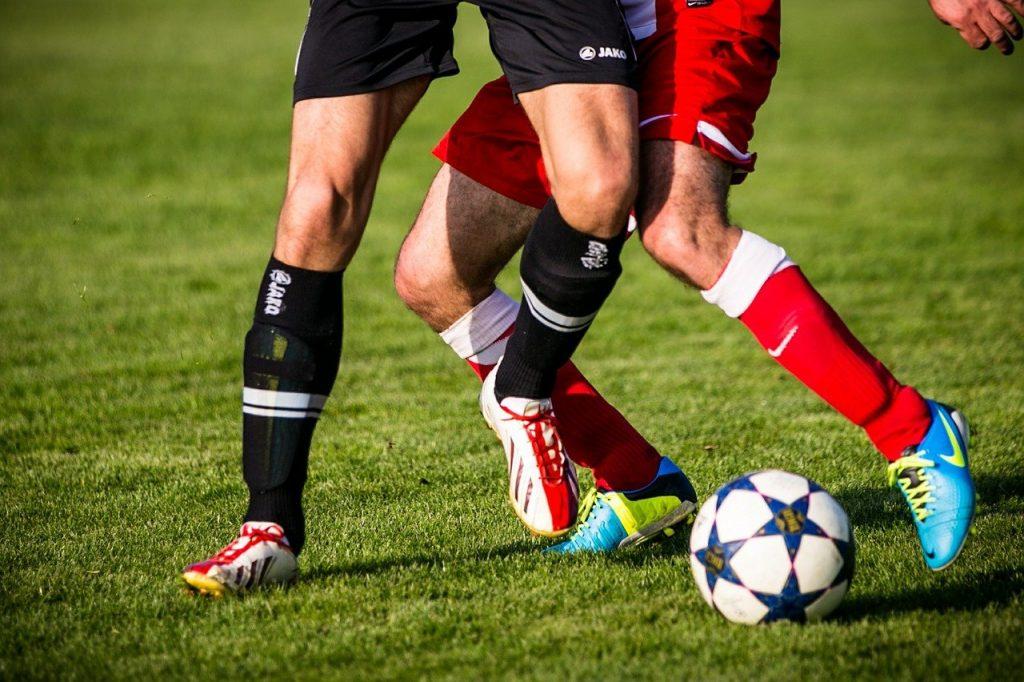 נעלי כדורגל מקצועיות